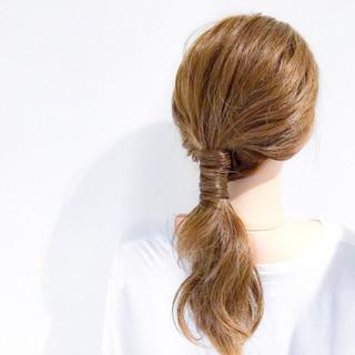フェミニン 簡単ヘアアレンジ デート アウトドア ヘアスタイルや髪型の写真・画像