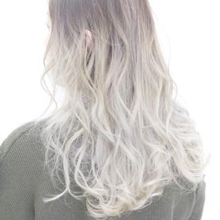 ストリート ホワイト グラデーションカラー 外国人風カラー ヘアスタイルや髪型の写真・画像