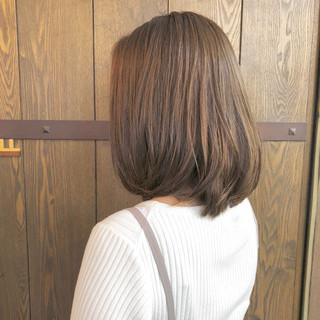 ミディアム ナチュラル アッシュ 伸ばしかけ ヘアスタイルや髪型の写真・画像
