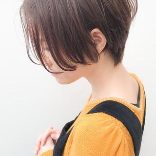オフィス ショート 大人かわいい デート ヘアスタイルや髪型の写真・画像 ヘアスタイルや髪型の写真・画像