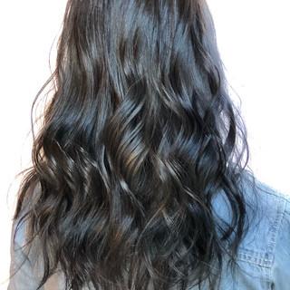 透明感カラー ロング ブリーチカラー 西海岸風 ヘアスタイルや髪型の写真・画像