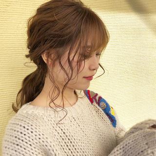 バレンタイン ナチュラル ヘアアレンジ 簡単ヘアアレンジ ヘアスタイルや髪型の写真・画像