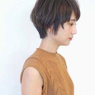 ショートボブ ナチュラル ショート バレイヤージュ ヘアスタイルや髪型の写真・画像 ヘアスタイルや髪型の写真・画像