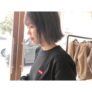 ハイトーンカラー ナチュラル アッシュグレー アッシュグレージュ ヘアスタイルや髪型の写真・画像   森下佳哲 / lufun hair design