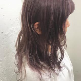 ピンク ミディアム ガーリー ラベンダーピンク ヘアスタイルや髪型の写真・画像