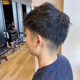 メンズカット ナチュラル ツーブロック メンズショート ヘアスタイルや髪型の写真・画像