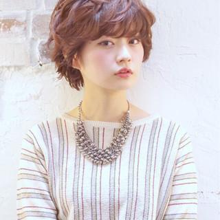 大人かわいい 簡単 ナチュラル ショート ヘアスタイルや髪型の写真・画像
