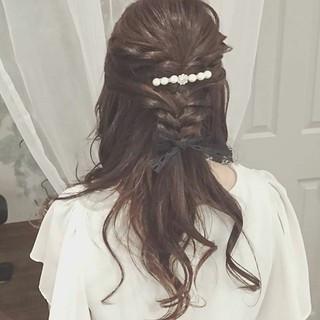 ロング ゆるふわ フェミニン ヘアアレンジ ヘアスタイルや髪型の写真・画像