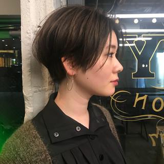 ショートボブ ハイライト ウェットヘア ナチュラル ヘアスタイルや髪型の写真・画像