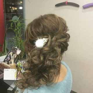 ヘアアレンジ サイドアップ ナチュラル 結婚式 ヘアスタイルや髪型の写真・画像