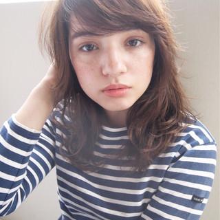 ハイライト 大人かわいい パーマ ミディアム ヘアスタイルや髪型の写真・画像