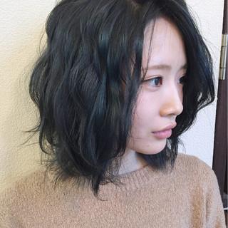 暗髪 グレーアッシュ グレージュ ストリート ヘアスタイルや髪型の写真・画像