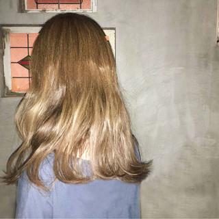 ロング ストリート 大人かわいい ゆるふわ ヘアスタイルや髪型の写真・画像