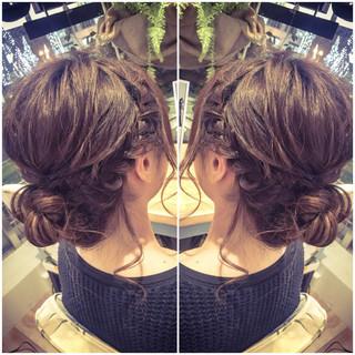 シニヨン 編み込み ウェーブ フィッシュボーン ヘアスタイルや髪型の写真・画像 ヘアスタイルや髪型の写真・画像