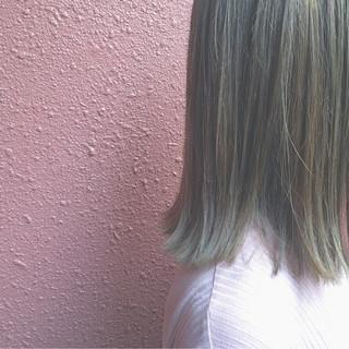 ブリーチ 外国人風 ボブ イルミナカラー ヘアスタイルや髪型の写真・画像 ヘアスタイルや髪型の写真・画像
