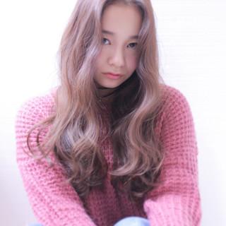 波ウェーブ 外国人風 冬 イルミナカラー ヘアスタイルや髪型の写真・画像