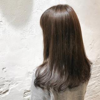 透明感カラー アッシュグレージュ ナチュラル セミロング ヘアスタイルや髪型の写真・画像