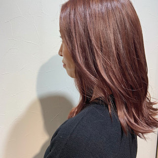 極細ハイライト フェミニン ピンクベージュ ピンクブラウン ヘアスタイルや髪型の写真・画像