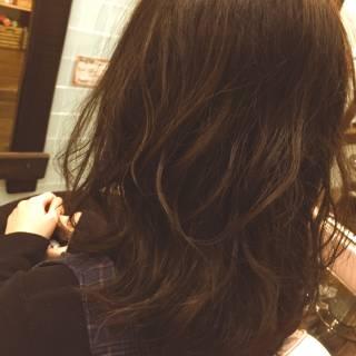 パーマ 愛され ミディアム モテ髪 ヘアスタイルや髪型の写真・画像 ヘアスタイルや髪型の写真・画像