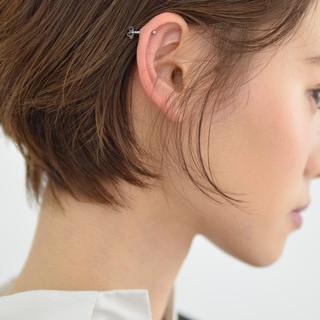 ショート 耳かけ ショートヘア フェミニン ヘアスタイルや髪型の写真・画像