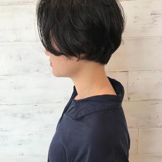 大人かわいい 透明感 ナチュラル ショート ヘアスタイルや髪型の写真・画像