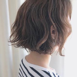 切りっぱなし  ゆるふわパーマ ボブ ヘアスタイルや髪型の写真・画像