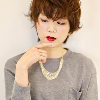 フェミニン ショート パーマ ガーリー ヘアスタイルや髪型の写真・画像