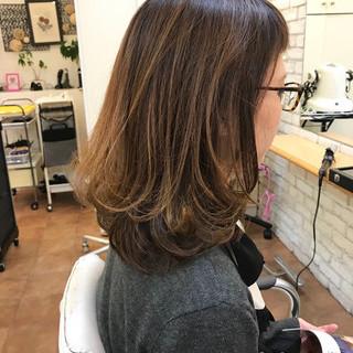 パーマ オフィス デート 大人女子 ヘアスタイルや髪型の写真・画像