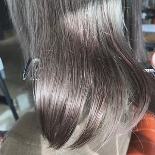 ミルクティー ナチュラル 透明感カラー ブリーチカラー ヘアスタイルや髪型の写真・画像