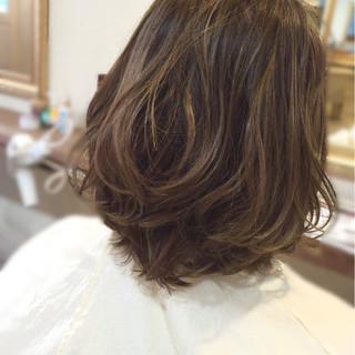 ハイライト グラデーションカラー ゆるふわ 外国人風 ヘアスタイルや髪型の写真・画像