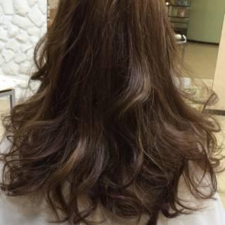ロング イノセントカラー ヘアスタイルや髪型の写真・画像