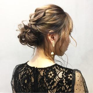 ショートヘアアレンジ ミディアム ふわふわヘアアレンジ 結婚式ヘアアレンジ ヘアスタイルや髪型の写真・画像