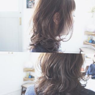 グレージュ ブルージュ こなれ感 セミロング ヘアスタイルや髪型の写真・画像