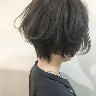 大人女子 ボブ アッシュ ショート ヘアスタイルや髪型の写真・画像