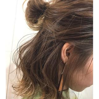 イルミナカラー ナチュラル デート オフィス ヘアスタイルや髪型の写真・画像