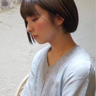 ストレート サラサラ ナチュラル 大人かわいい ヘアスタイルや髪型の写真・画像