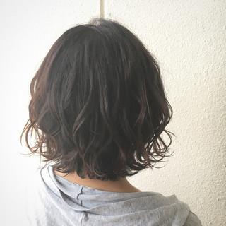 エアリー ストリート 外国人風 波ウェーブ ヘアスタイルや髪型の写真・画像