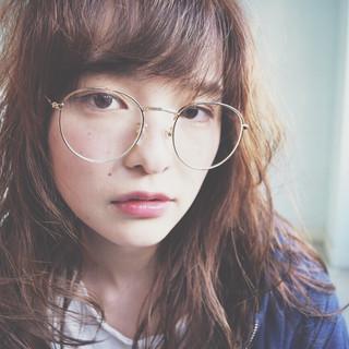 レイヤーカット 大人かわいい ミディアム 外ハネ ヘアスタイルや髪型の写真・画像