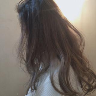 ダブルカラー ハイライト ローライト ロング ヘアスタイルや髪型の写真・画像