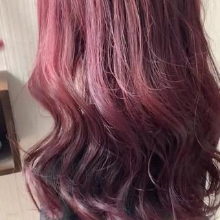 ピンクアッシュ アンニュイほつれヘア 大人かわいい ラベンダーピンク ヘアスタイルや髪型の写真・画像