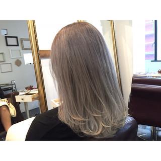 外国人風カラー 艶髪 金髪 透明感 ヘアスタイルや髪型の写真・画像