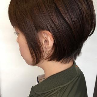 ショート ボブ 大人女子 ナチュラル ヘアスタイルや髪型の写真・画像 ヘアスタイルや髪型の写真・画像