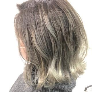 ミディアム 謝恩会 簡単ヘアアレンジ ヘアアレンジ ヘアスタイルや髪型の写真・画像