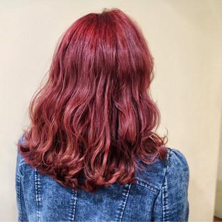 ピンク フェミニン デート 外国人風 ヘアスタイルや髪型の写真・画像