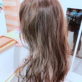 バレイヤージュ 外国人風カラー セミロング コンサバ ヘアスタイルや髪型の写真・画像