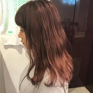 ストリート レッド ピンク グラデーションカラー ヘアスタイルや髪型の写真・画像