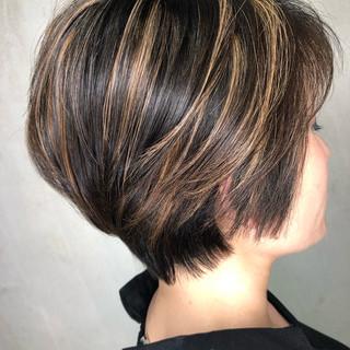 ショート ヘアアレンジ オフィス ハイライト ヘアスタイルや髪型の写真・画像