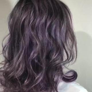ピンク ハイライト ローライト モーブ ヘアスタイルや髪型の写真・画像