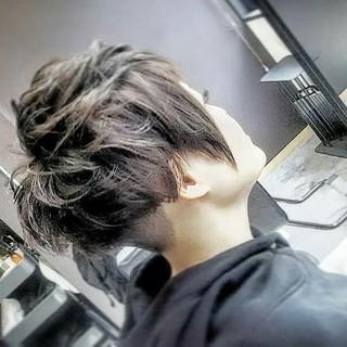 グレージュ モード ショート ツーブロック ヘアスタイルや髪型の写真・画像
