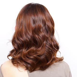 シースルーバング フェミニン レイヤーヘアー セミロング ヘアスタイルや髪型の写真・画像